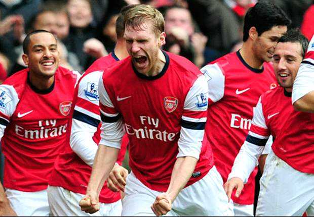 Mertesacker replaced by Vermaelen as Giroud passes late fitness test for Arsenal's clash with Manchester City