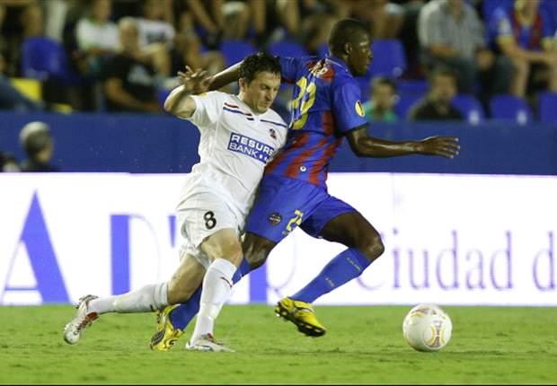 Pape Diop, sancionado por la FIFA, no podrá jugar ante el Deportivo