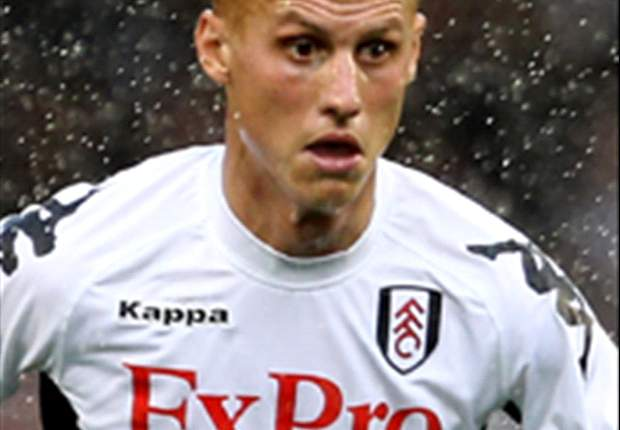 Fulham midfielder Sidwell to serve three-match ban after appeal rejected