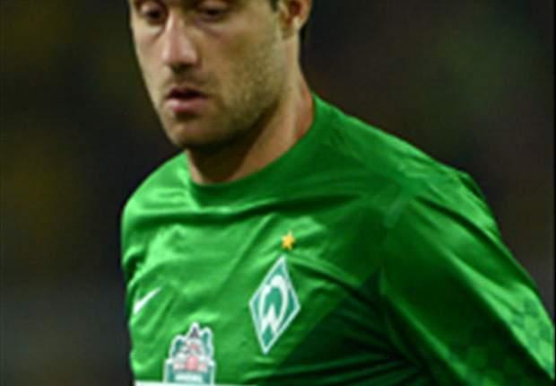 Dortmund sign Sokratis Papastathopoulos from Werder Bremen