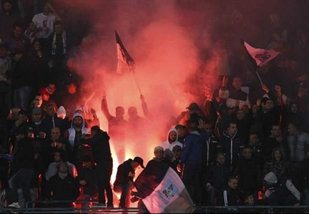 Scenari di guerra ieri al Vomero di Napoli: violenti scontri tra tifosi prima di Campania-Foggia, un ferito