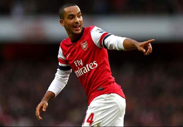 Walcott out of Arsenal's Champions League clash against Montpellier with shoulder injury