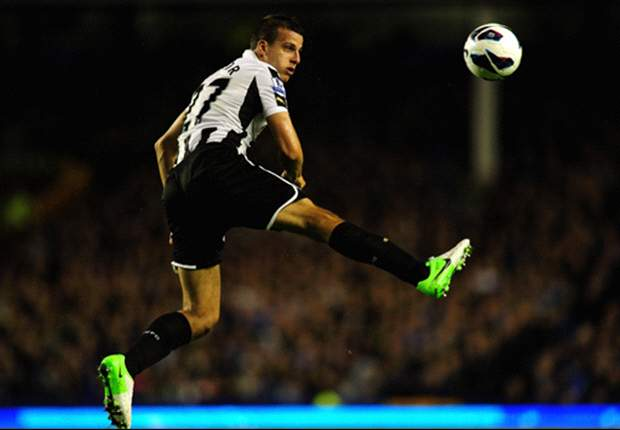 I'm learning French to fit in at Newcastle, admits Steven Taylor