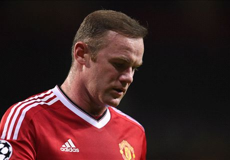 'Rooney is out of shape & looks awful'