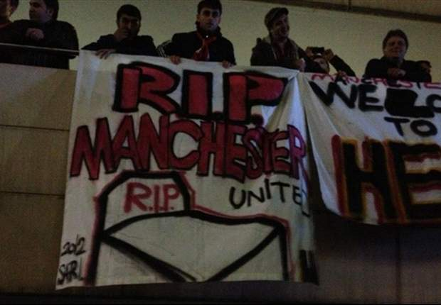 Manchester United held up at airport by angry Galatasaray fans ahead of Champions League clash