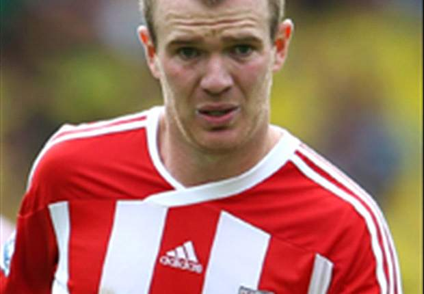 'We looked loose without him' - Stoke City boss Tony Pulis laments Glenn Whelan absence