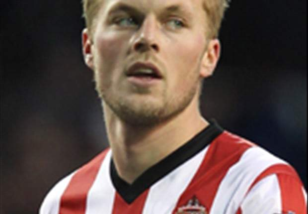 Southampton clash is another six-pointer, insists Sunderland star Larsson