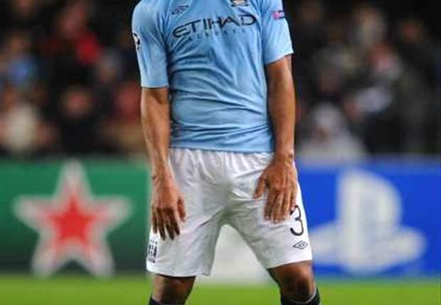 Douglas Maicon: Saya Betah Di Manchester City
