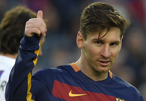 Lionel Messi childhood skills - YouTube