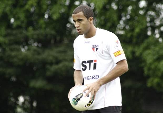 Lucas Moura Ingin Juara Bersama PSG
