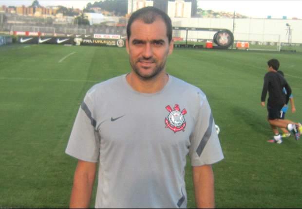 """EXCLUSIVO - Danilo: """"A grande força do Corinthians é o elenco"""""""