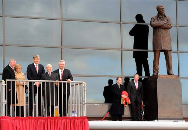 Sir Alex Ferguson ya tiene su propia estatua en Old Trafford