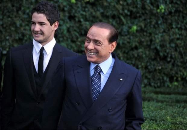 Silvio Berlusconi: Alexandre Pato Bakal Balik Ke AC Milan
