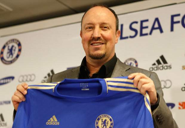 Benitez booed by Chelsea fans at Stamford Bridge