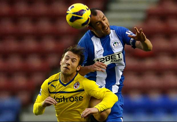 Wigan 3-2 Reading: Gomez completes hat trick to secure dramatic late win for Latics