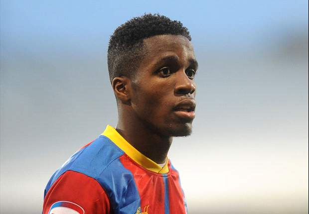 Arsenal & Manchester United to hold Zaha talks w