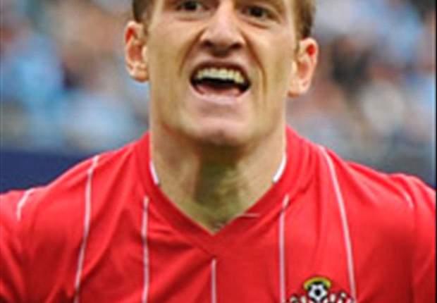 Southampton midfielder Steven Davis plans Rangers return