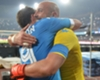 Casillas e Higuaín se apoyan