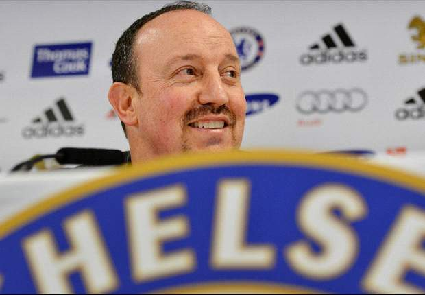Jonathan Wilson: Pragmatic Benitez searches for the balance that eluded Di Matteo