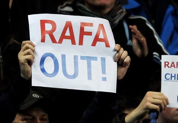 Chelsea Turunkan Spanduk 'Rafa Out' & 'Come Home, Jose'