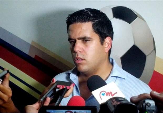 Táchira hace oficial la llegada de Daniel Farías