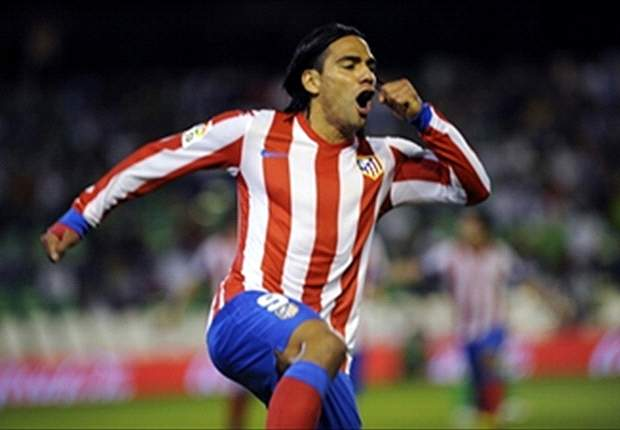 Radamel Falcao Tak Pedulikan Real Madrid-Barcelona