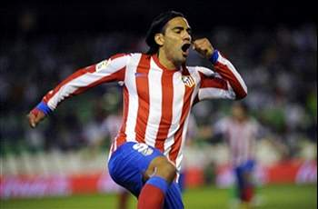 Falcao 'flying the flag' for Colombian football, says Valderrama