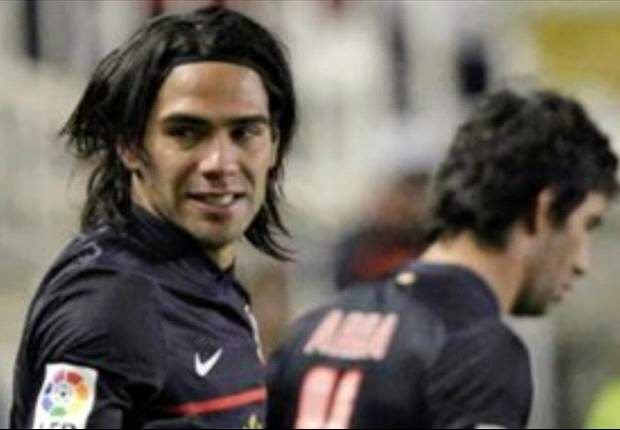 Radamel Falcao Tertarik Hijrah Ke Paris Saint-Germain?