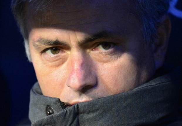 Mourinho encierra a un periodista durante 25 minutos para abroncarlo