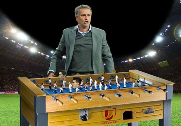 José Mourinho y un Real Madrid que parece un futbolín