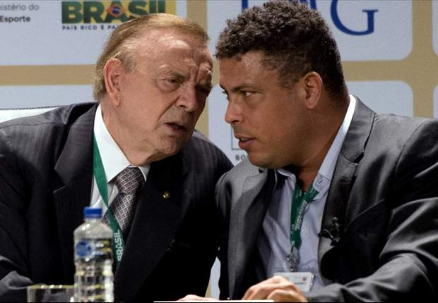 """Ronaldo futuro presidente della Cbf, Blatter non esclude nulla: """"Chiedete al popolo brasiliano, ma sono felice quando le ex stelle s'impegnano"""""""