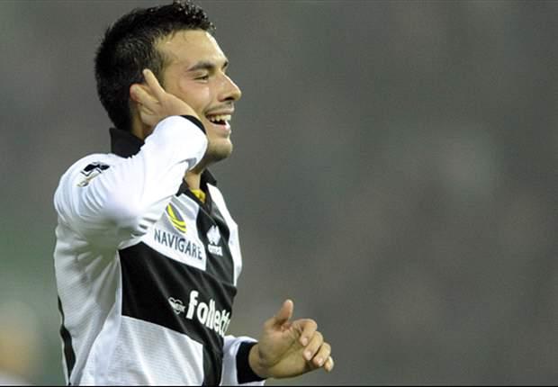 Parma-Cagliari, le formazioni ufficiali: Donadoni opta per il tridente, c'è Sansone dal 1'. Sardi con Nenè-Sau di punta