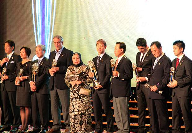 AFC 2012: premiati i migliori asiatici dell'anno, Kagawa batte Nagatomo