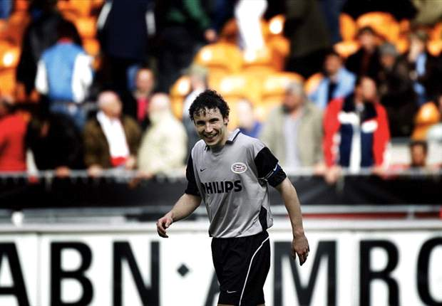 """""""De wraak van Van Bommel op Ajax"""""""