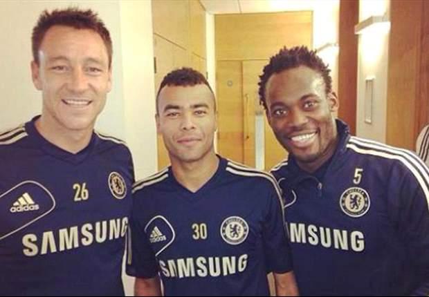 Michael Essien se recupera de su lesión... ¡con el Chelsea!