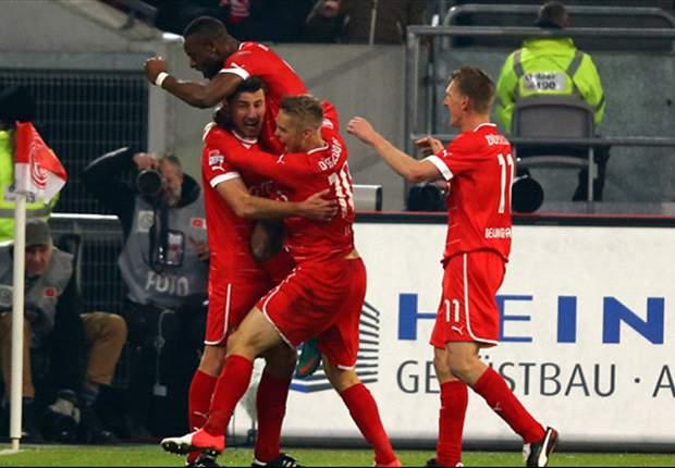 Eintracht Frankfurt Dihantam Fortuna Dusseldorf 4-0