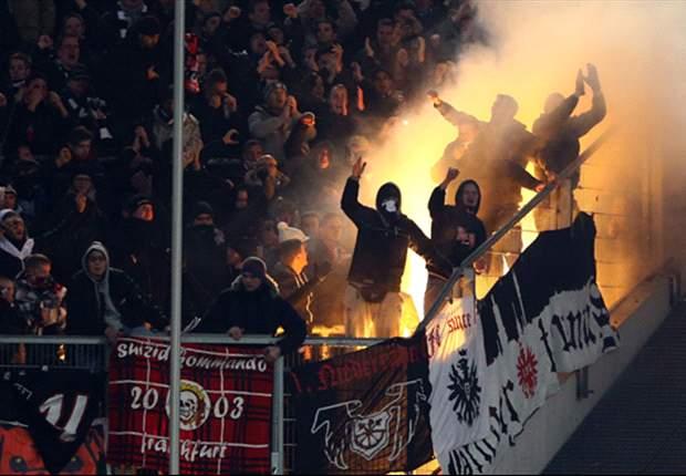 Frankfurter Hooligans randalieren in Düsseldorf