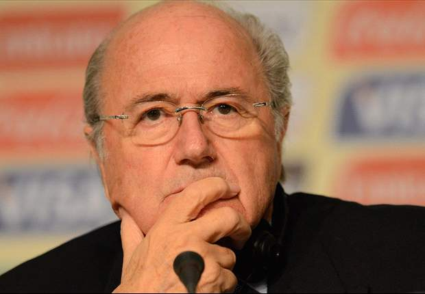 Blatter reacts to Dutch linesman's tragic death