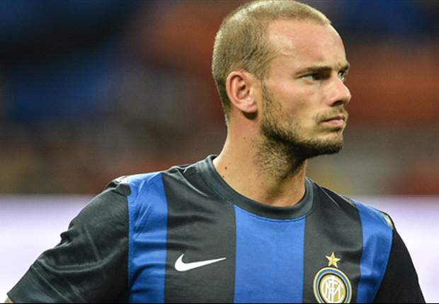 Sneijder sent on early Christmas break