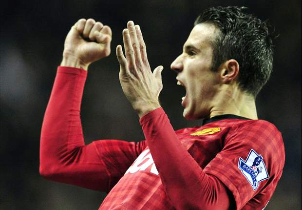 Van Persie promises Manchester United fans the best is yet to come