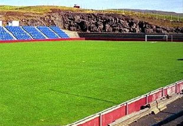 Im Torsvollur-Stadion in Torshavn finden 6000 Zuschauer Platz