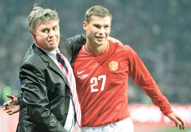 Russia's Vasili Berezutski ruled out of Euro 2012