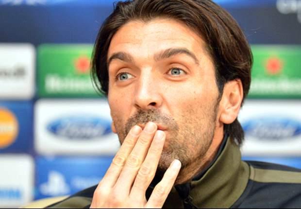 Buffon faz reflexão sobre 2012 'incrível'