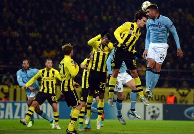 Dortmund helpt Ajax met winst op City