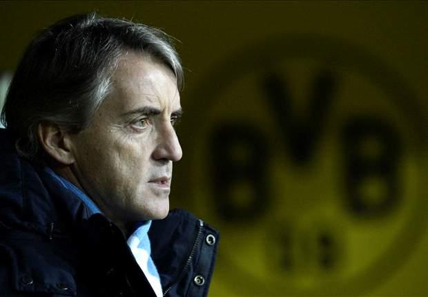 Roberto Mancini Tak Merasa Tertekan