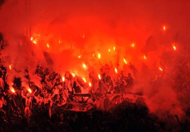Fans Berulah, UEFA Hukum Fenerbahce