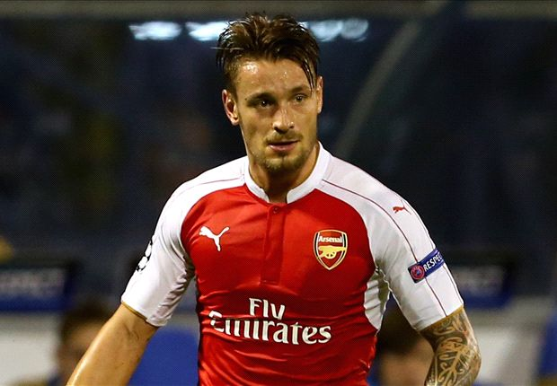 Wenger doesn't want to sell Debuchy, fears Allardyce