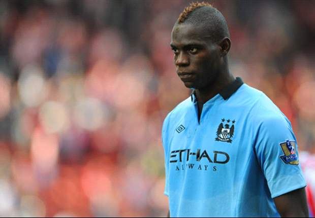 Mancini explains reason behind dropping Balotelli: He needs to train more!