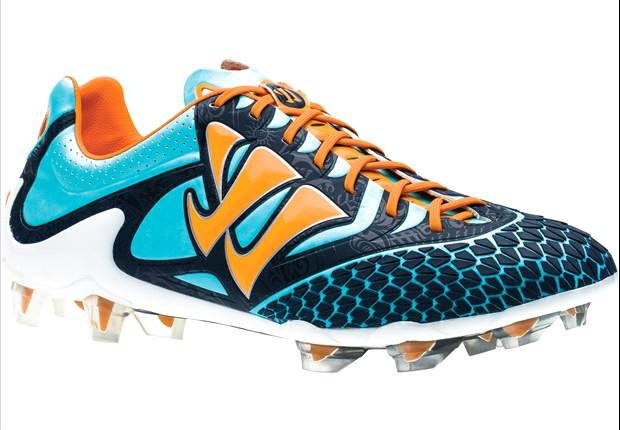 Warrior powers into football boot market with release of Skreamer Pro