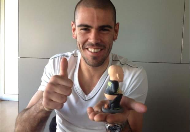 Víctor Valdés muestra su 'caganer'